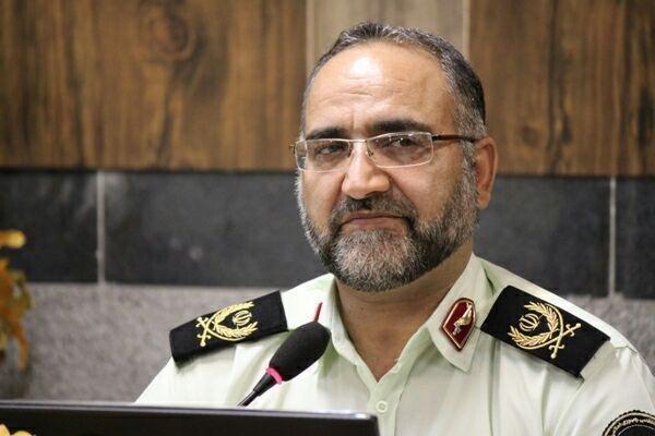 پذیرای انتقاد مردم استان یزد هستم