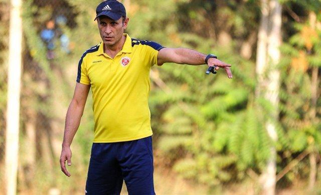 واکنش گل محمدی به شایعه رفتن بازیکنانش به پرسپولیس