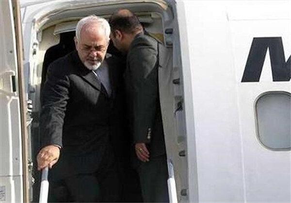 ظریف: به دستور رئیس جمهور برای آنالیز پیشنهاد مکرون به پاریس می روم