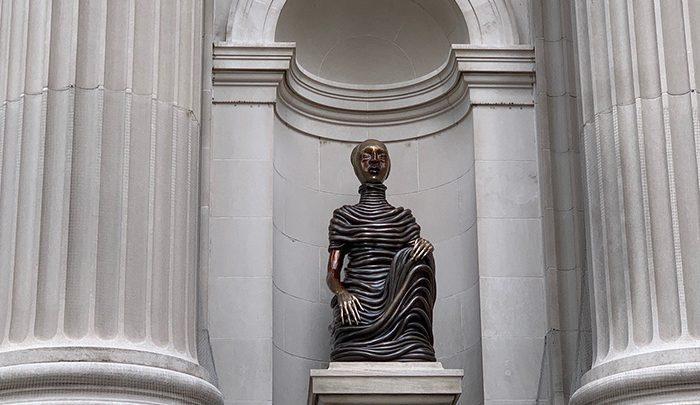 مجسمه های برنزی متروپولیتن نیویورک ، تصاویر