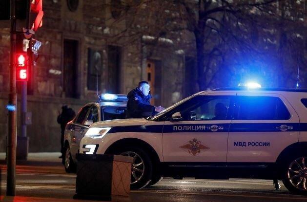 برآورد ها درباره هویت عامل تیراندازی در مسکو ، تحقیقات ادامه دارد