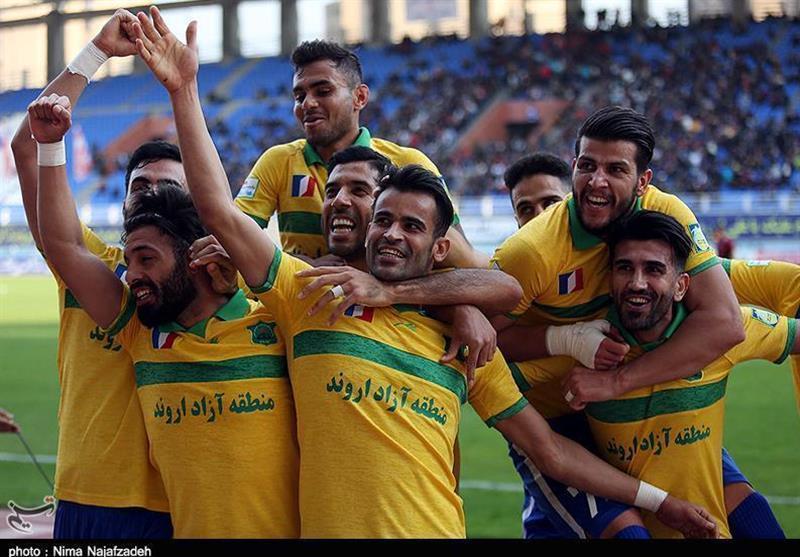 لیگ برتر فوتبال، آتش بازی بازی نفت آبادان در آخرین بازی نیم فصل، سپاهان بالاخره باخت