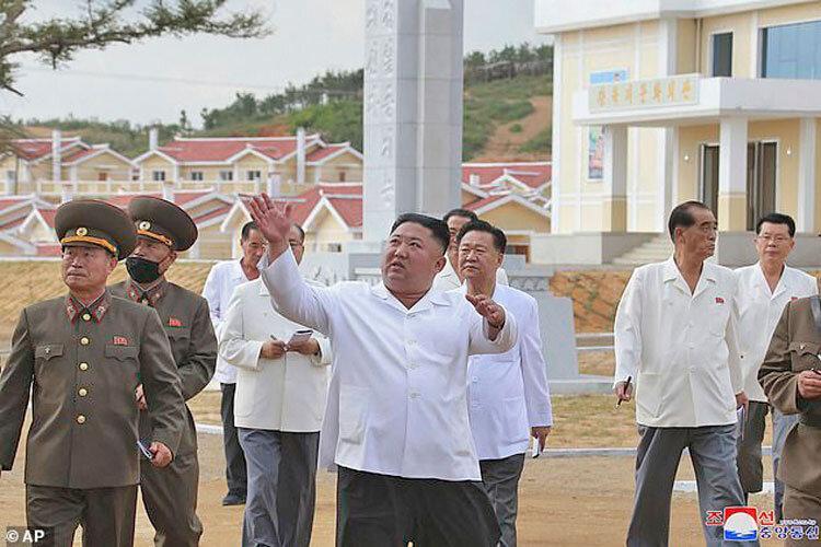 سرزمین پریان سوسیالیستی ، تمجید رهبر کره شمالی از بازسازی مناطق توفان زده
