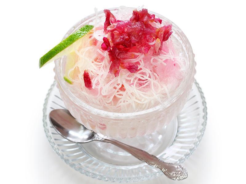 لیست کامل لذیذ ترین دسرهای ایرانی