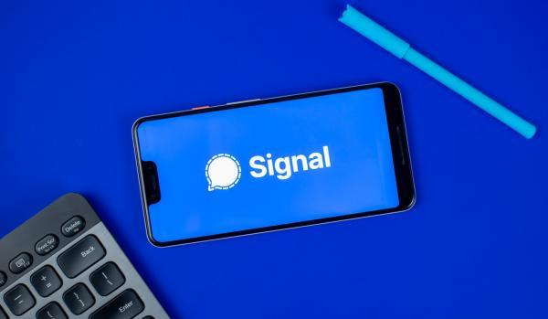 اپلیکیشن پیغام رسان سیگنال