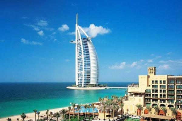دستمزد ها در کشور های عربی خلیج فارس چقدر است؟