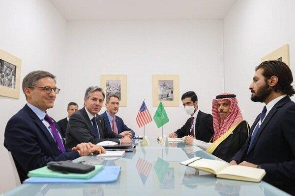 وزرای خارجه آمریکا و عربستان درباره ایران مصاحبه کردند